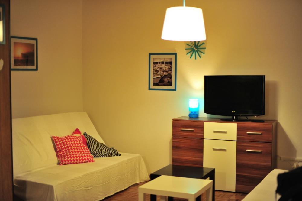 pregledujete slike s članka: Ueber  apartment